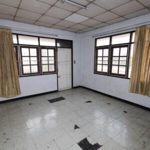 อาคารพาณิชย์ 3 ชั้น ซอย วัดกําแพง พิบูลสงคราม